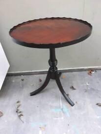 Vintage mahogany pie crust side table