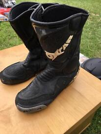 Men's size 44 motor bike leather boots