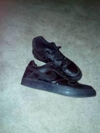 Black nike sb leather trainers