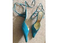 New ladies size 6.5 shoes