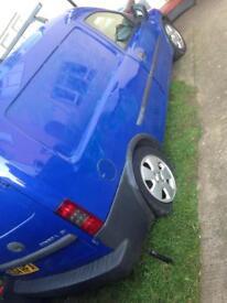 Vauxhall combo van braking spares repairs blue diesel