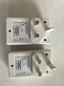 On Networks AV 200 power line adapters