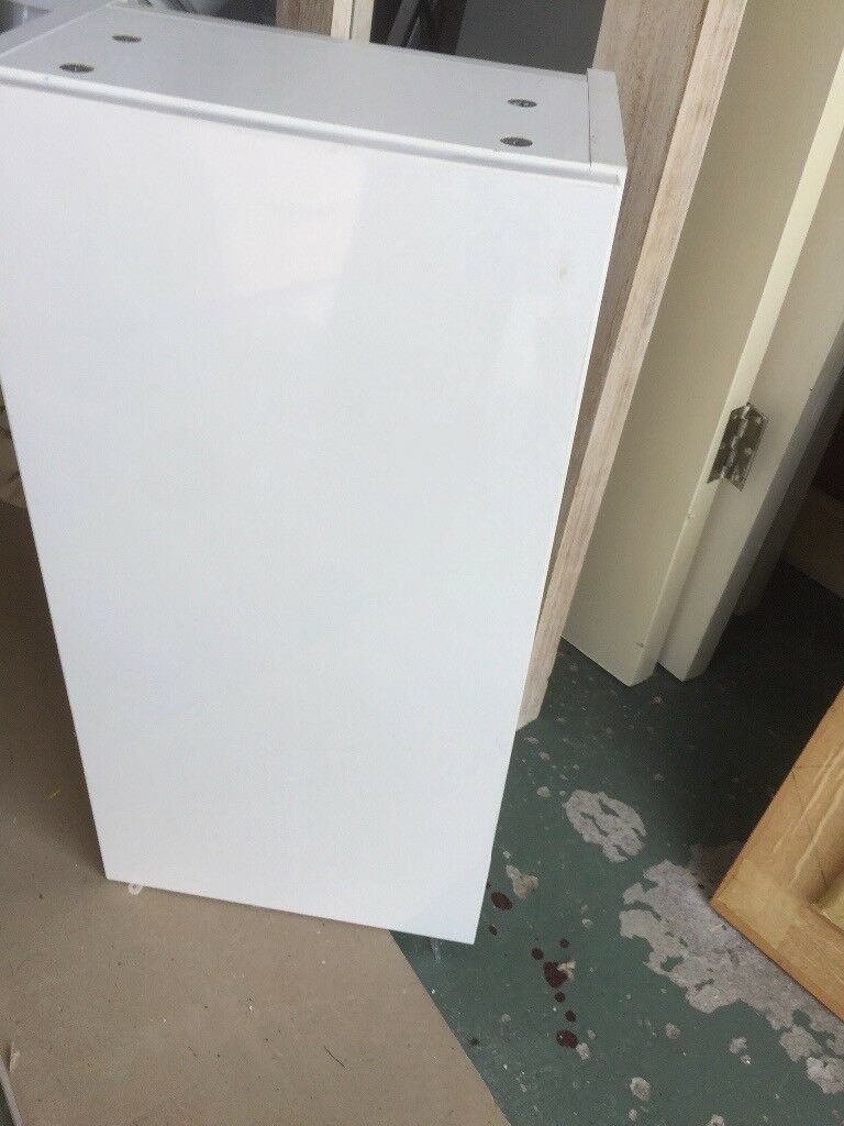 White gloss bathroom wall cabinet.   in Chester Le Street, County ...