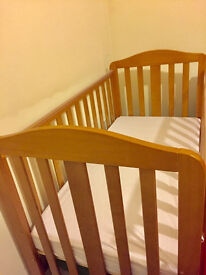 mothercare dropside cot and mamas & papas deluxe cot mattress