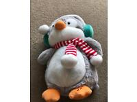 Animated penguin - sings 'Baby it's Cold Outside ' . Lights up . unwanted gift last Xmas / £6