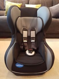 CAR SEAT - GROUP 1 (9-18KG) 9 MONTHS - 4YRS OLD (IMMACULATE)