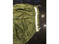 1 green damask pattern curtain approx 210 drop by 113 width