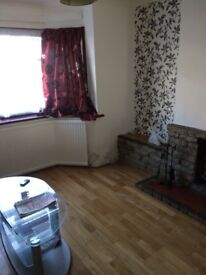 WELLING/BEXLEYHEALTH------SPACIOUS DOUBLE BED ROOM ----