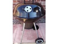 kettle barbeque no rust with coal