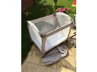 Graco classic Electra travel cot