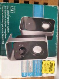 Logitech ls11 2.0 stereo speakers
