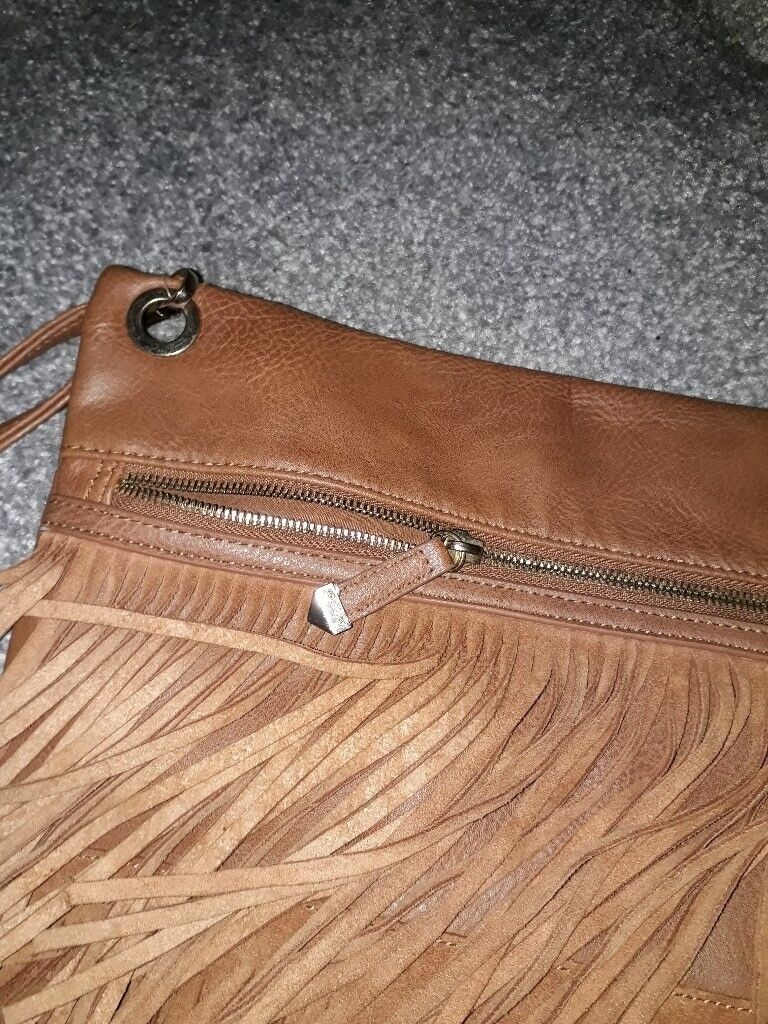 Ladies tan new look fringe bag