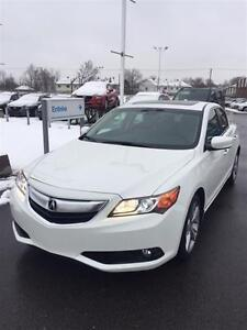 2013 Acura ILX Base w/Premium Package*TRES BAS KMS*