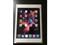iPad mini 2 32gb silver/white boxed like new