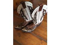 Amazing genuine Sendra leather cowboy boots size 9-10