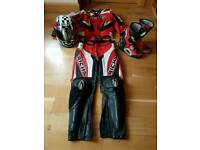 Richa motor bike 2 piece leathers, agv helmet and oxtar boots