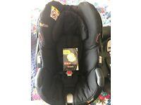 BeSafe iZi GO X1 Infant car seat