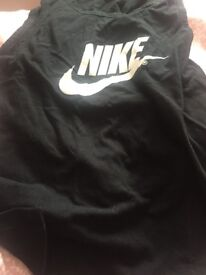 Nike size medium vest