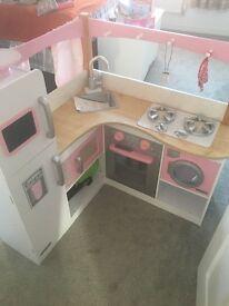 Girls play kitchen