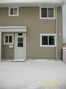 600 Signal Rd - 3 Bed Townhouse for Rent