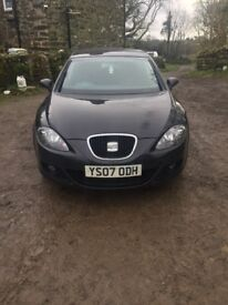07 manual black seat leon, sellin due to moving abroad