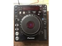 1 x Pioneer CDJ 1000 MK2 CDJ - Can Post with UPS, and accept PayPal