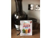 Philips Juicer for sale (with Jason Vale recipe book)