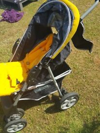 Pushchair, Voyager LX. Used by one child. No covers, only as shown