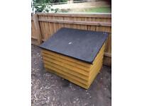 Wooden storage chest / garden shed / outdoor garden store gardening tools