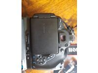 Canon 700d body only with accessories