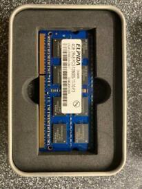 Laptop RAM - two 4GB 2Rx8 PC3-12800S 1600MHz