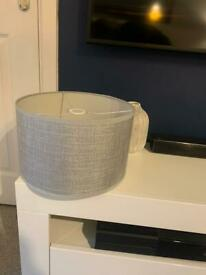 Silver/ grey medium light shade - Free to xollect