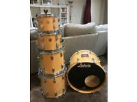 Ludwig Classic Maple 5 piece kit & cases