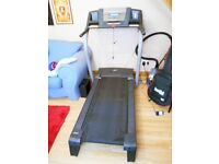 NordicTrack c2000 electric folding Treadmill (Gym size)