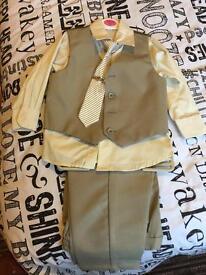 Boys suit age 2