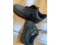 Green Nike Air Force 1 size 6