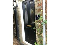 UPVC FRONT DOOR WITHOUT FRAME £60 ono