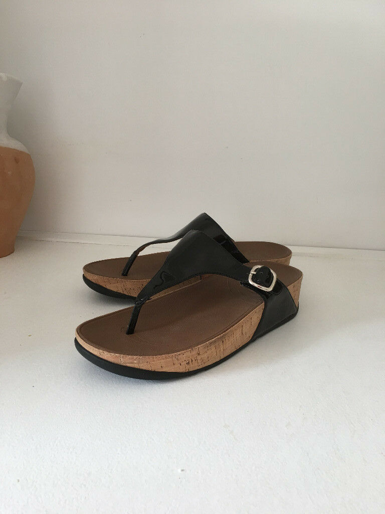 f39aa0fea7d991 Ladies black patent Fitflops size 40 41 UK size 7. Worn 3 times.