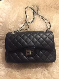 Brand new lady's hand bag