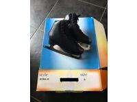 Figure Skates Black size 4