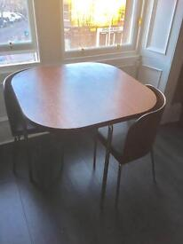 Dining table with 2 matching chairs - excellent condition