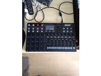 MIDI AKAI MPD232 Drum pad! (with box)