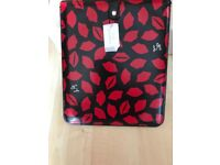 LULU GUINNESS RED LIPS PRINT 'RARE' IPAD OR TABLET MINI SLEEVE CASE NEW