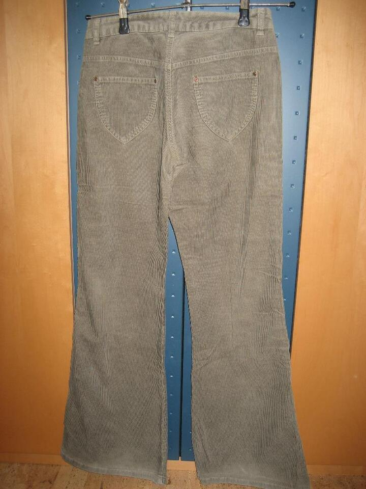 Esprit Cordhose Rodeo Bootcut 36 in Bayern - Oberroth