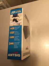 Antsig 4 Way Indoor Distribution Amplifier, brand new