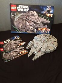 Star Wars Millennium Falcon Lego fully assembled (not including figures)