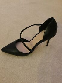 Black Aldo heels UK size 5