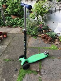 Green Child's Micro Scooter