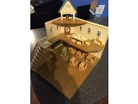 Sylvanian Families Berry Grove School