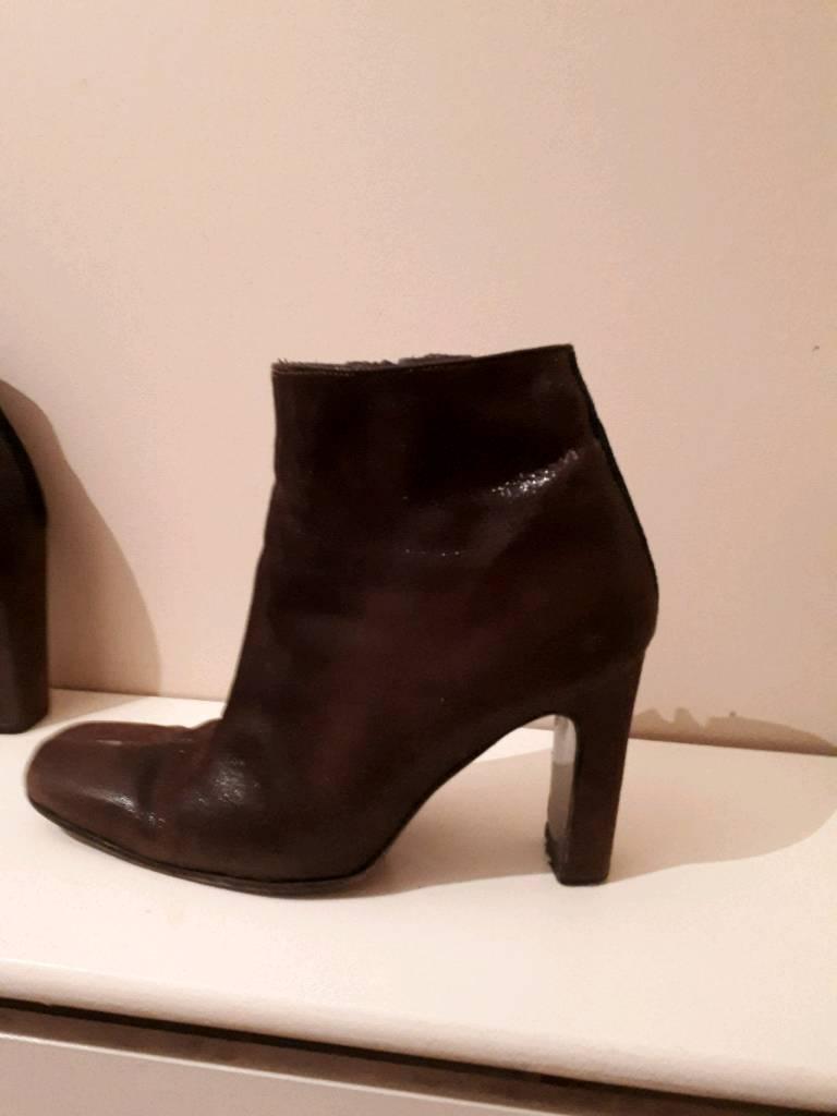 5aed64dc52 Versace ladies boots   in Livingston, West Lothian   Gumtree